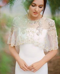 Esse é para noiva, mas dá muito bem para adaptar para um vestido de festa. Adorei a ideia!