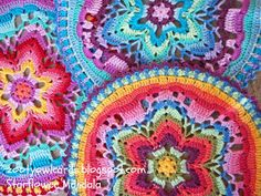 Crochet star mandala. Free photo tutorial/pattern.