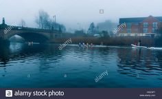 Download this stock image: Rowers on the River Mersey at the Kingsway Bridge, Paddington Bank in Warrington, Cheshire - HGC3F7 from Alamy's library of millions of high resolution stock photos, illustrations and vectors.