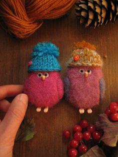 brooch felted birds funny hats felted  brooch needle felted