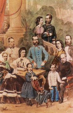 La famille des Habsbourg. Au centre, l'empereur François-Joseph. Au dessus de lui, peut être l'ex-empereur Ferdinand et son épouse Marie-Anne de Sardaigne ? A la gauche de Franz, l'Impératrice Elisabeth. Au dessus d'elle, l'archiduc Louis-Victor, le frère cadet de Franz. L'archiduchesse Sophie. Devant, Gisèle et Rodolphe. Près de ce dernier, l'archiduc François-Charles. Au dessus, le couple, Maximilien et Charlotte du Mexique