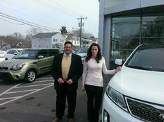 Congratulations to Sandra Weeks who picked up her loaded 2015 Kia Sorento SX in Snow White pearl! With the help from Dave Jordan and Julio Rivera, leasing this absolutely stunning crossover was a cinch! We welcome Sandra to the Gary Rome family and look forward to assisting her in any future needs!  www.GaryRomeKia.com or call us at (860) 253-4753