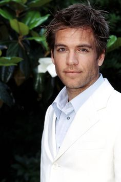MIchael Weatherly - love the hair!