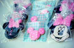 minnie mouse cookies on a stick | Minnie Mouse 1st Bithday Cookie Favors by ... | Food  Cooking Ideas
