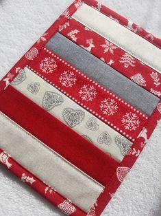 Vánoční / Zboží prodejce Lenka Šálková | Fler.cz Card Holder, Cards, Scrappy Quilts, Rolodex, Maps, Playing Cards
