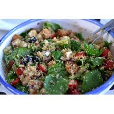 Quinoa salade met kip en verse spinazie