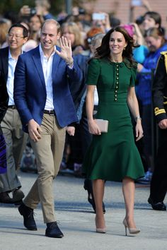 Going Green! Kate matches her green Dolce and Gabbana dress with green Monica Vinader earrings, Canada.  • Celebrity WOTNOT  --------------- For further information on these stories and images please visit www.celebritywotnot.com. These Images are ©Atlantic Images. No use without permission.