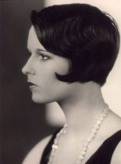 Louise Brooks- silent film star. Could paint her a million times and never get sick of her look.