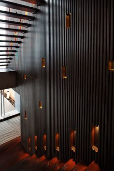 Wood Slat Wall hive modular x-line 012 interior - wood slat wall at stairs - st