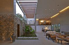 Residencia Bosque da Ribeira,Cortesía de Anastasia Arquitetos