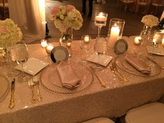 Silky napkins. Vivid Experiences by Angela Proffitt Located at the Belle Meade Plantation Photographed by Divine Images