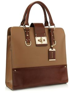 ... this tote bag from Accessorize.  This is definitely going on our Christmas list!