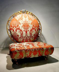 ABSOLUTELY WANT TO MAKE THIS CHAIR!!  damask