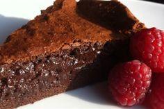 Dark chocolate and espresso mousse cake recipe