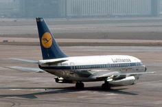 "boeing B737 130 ""city jet"""