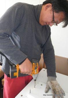 IKEA デスク(MIKCE)の組立ポイント | 腰はまだちょっと痛いけど、  DIYしている時って、  あ~しあわせ。