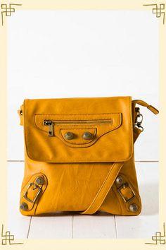Francesca's bag in yellow $ 38