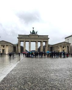 Brandenburg Gate.. 🏛🇩🇪 #brandenburggate #brandenburgtor #berlin #germany #europe #centraleurope #european #trip #travel #travelgram #travelling #instatravel #cool #history #historical #building #sightseeing #instapic #instagood #instabest #instadaily #instaphoto #pic #photooftheday by rybo.95. centraleurope #instapic #sightseeing #europe #historical #trip #travelling #photooftheday #travelgram #european #history #instadaily #instagood #cool #instabest #germany #brandenburggate #instaphoto…