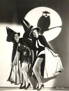 Love this fabulous 1930s Hollywood Halloween photo. #vintage #witches #Halloween #1930s