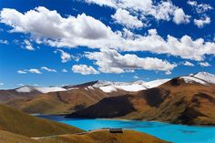 Short group tour with visits in Lhasa and to the holly Namtso Lake.