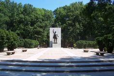 Theodore Roosevelt Island - Clio entry by Sara Marian. Theodore Roosevelt Island is a national monument to the conservation-minded 26th President of the United States. The site has been occupied by Algonquin-speaking Native Americans, Revolutionary Patriot George Mason IV, American Civil War Union troops and the 1st United States Colored Troops, and freedman refugees. Today, the island is a national park.