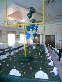 Football Birthday Theme Kids table.... My Sonny would Love-LOVE this theme, hes ALL about Football. My kinda lil man <3