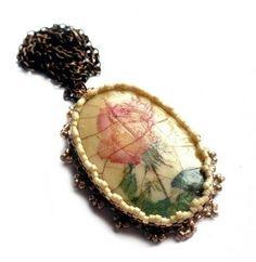 Vintage rózsa medál
