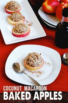 Simple coconut macaroon baked apples - the dessert that's sure to impress this holiday season! #holidaydessert #bakedapples #appledessert #applerecipe #christmasdessert Oreo Dessert, Baked Apple Dessert, Apple Dessert Recipes, Apple Recipes, Dessert Ideas, Drink Recipes, Yummy Recipes, Mini Desserts, Breakfast