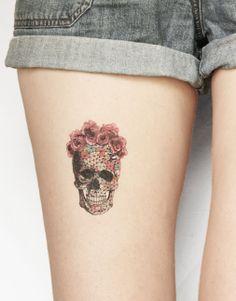 Geometric skull - temporary tattoo
