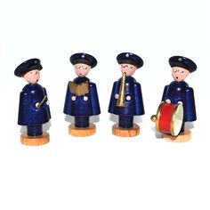 Lovely #SalvationArmy figurines from the Ore Mountain region in Germany carved out of wood. The proceeds of this sale go towards the work of The Salvation Army in Chemnitz, Germany. www.heilsarmee.de/salvo-figurines