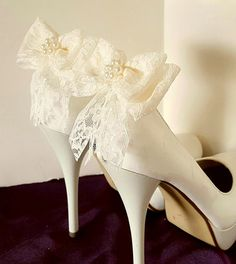 Hey, I found this really awesome Etsy listing at https://www.etsy.com/listing/287871833/lace-wedding-shoe-clips-bridal-shoe