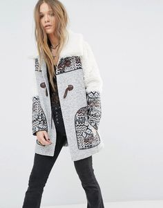 Buy it now. Moon River Toggle Print Detail Coat - Grey. Coat by Moon River, Chunky knitted fabric, Fully lined, Toggle fastening, Borg trims, Functional pockets, Regular fit - true to size, Dry clean, 100% Polyester, Our model wears a UK S/EU S/US XS and is 168cm/5'6 tall. ABOUT MOON RIVER Inspired by the song, lifestyle label Moon River is your go-to for clean, vintage style. With a love of natural flowing fabrications and feminine detailing, it�s a free-spirited collection of jumpsuits…