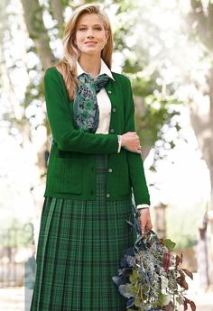 This is a collection of outfits and the styles that I love. The pics I post are mostly collected. Tartan Fashion, Boho Fashion, Autumn Fashion, Vintage Fashion, Womens Fashion, Cheap Fashion, Fashion Spring, Modest Skirts, Modest Outfits