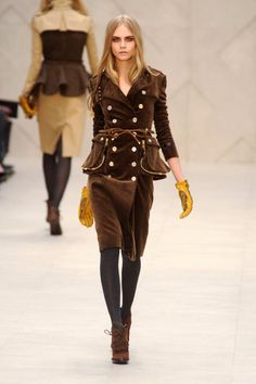 Burberry Prorsum Fall 2012 Runway - Burberry Prorsum Ready-To-Wear Collection - ELLE