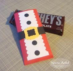 Siara Sweet Sensations Hershey Candy Bar Holder. Cute Christmas gift giving idea from Kerry's blog