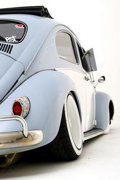 Beetle - by dirtyphonik