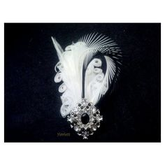 Gatsby Feather boutonniere, prom boutonnierre, feather corsage and... ($23) via Polyvore featuring jewelry, brooches, rhinestone broach, rhinestone pins brooches, roaring twenties jewelry, prom jewellery and feather jewelry