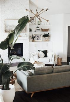 How to Create a Cozy Living Room - Amy E Peters BLOG #homedecor #livingroom #cozy #home #homedecoratingideas #bohostyle