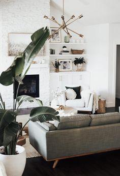 How to Create a Cozy Living Room - Amy E Peters BLOG #homedecor #livingroom #cozy #home #homedecoratingideas #bohostyle