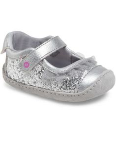 acb83595885f Stride Rite Baby Girls  Crawl Mini Quinn Shoes Add some sparkle to her step  with these darling Mary Janes from Stride Rite.