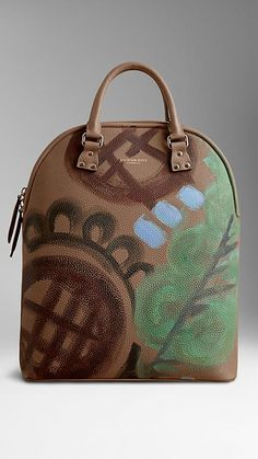 Burberry The Bloomsbury in Hand-painted Leather  Colour: Dark Sand/Green Leaf