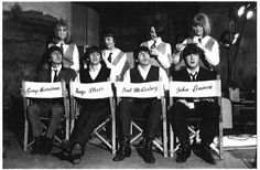 George Harrison, Ringo Starr, Paul McCartney and John Lennon. George Harrison, Les Paul, John Lennon, Rock N Roll, Beatles Funny, A Hard Days Night, Beatles Photos, She Loves You, Twist And Shout