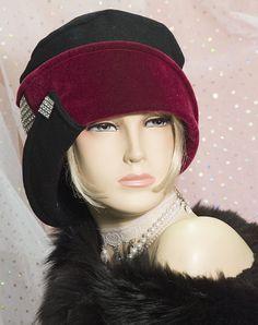 1920s /1930s DOWNTON ABBEY INSPIRED BLACK / WINE CLOCHE HAT GATSBY MR SELFRIDGE