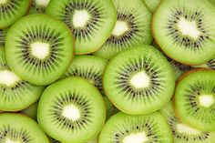 Aloha! Kiwis are a delicious fruit, rich in liquid and vitamins, and beautiful to look at. All in all, they appear to be a great choice for fruit infused water. But alas, there is a...