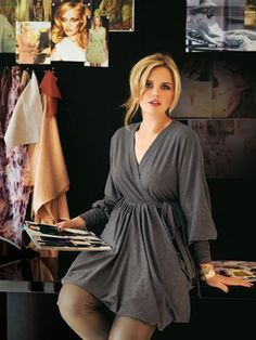 Jersey dress plus size sewing pattern - I *love* the sleeves on this, and the fact that it's jersey knit. I must make this...this winter...