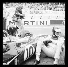 Photo d'art Graham Hill et Jim Clark - Achat / Vente Graham, Sport Cars, Race Cars, Course Automobile, Formula 1 Car, Reims, F1 Drivers, F1 Racing, Discussion