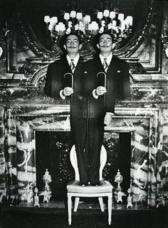 S Dalí