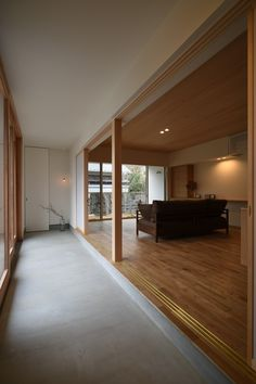 LDKに面した土間は、障子で仕切る事が出来ます。 Japanese Interior, Japanese Design, Love Home, Ideal Home, Japan Room, Interior Architecture, Interior Design, Ldk, Concrete Houses