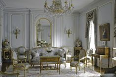 A glittering sitting room by Robert Couturier 17th Avenue, Brooklyn