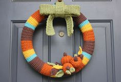 Alright Diana, next time we're doing thus wreath--Repeat Crafter Me: Crocheted Fall Wreath